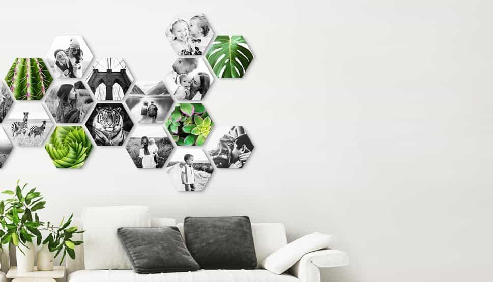 CusttomShapes aan muur in woonkamer